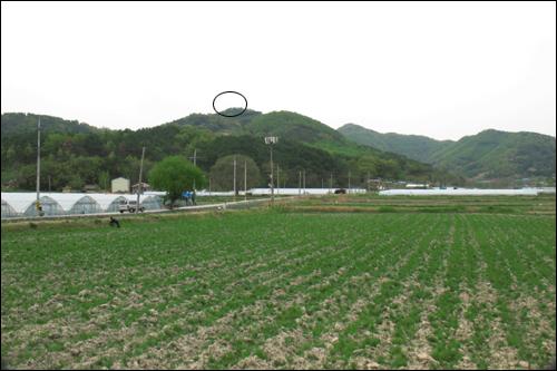 황산벌과 황산성이 있는 함지봉 남쪽 봉우리(264m봉).