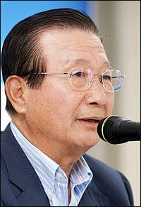 이동복 북한민주화포럼 상임대표