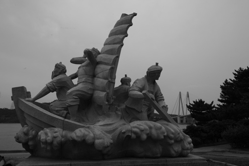 명량해전은 진도, 해남 등 인근 수 많은 주민들과 어선이 참여한 싸움이었다.