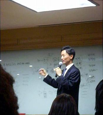 데일리NK-바이트 저널리즘 학교 첫 강연 SBS 안정식 기자