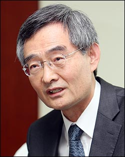 안병욱 진실·화해를위한과거사정리위원회 위원장