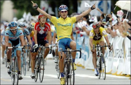 2007 뚜르 드 코리아에서 우승하는 박성백 선수의 모습.