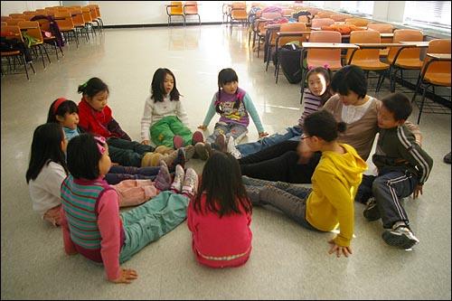 09 겨울우둥불 춤놀이반 아이들 09겨울우둥불의 춤놀이반 아이들의 놀이터 모습