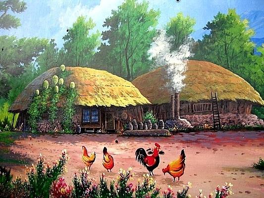 밥 짓는 냄새가 고소합니다. 닭들이 한가롭게 모이를 쪼고 있네요. 이렇게 행복한 닭들, 요즘 드물어요.