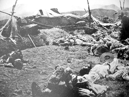 1866년 제국주의 침략자들이 기록이랍시고 찍어놓은 강화도 곳곳의 처참한 사진들이 후손의 마음을 더없이 아프게 합니다.