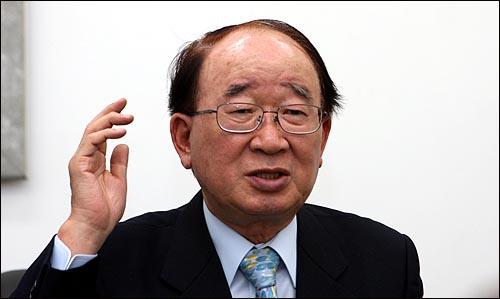 김성훈 전 농림부 장관이 '2009 광주김치축제' 추진위원장을 맡았다.