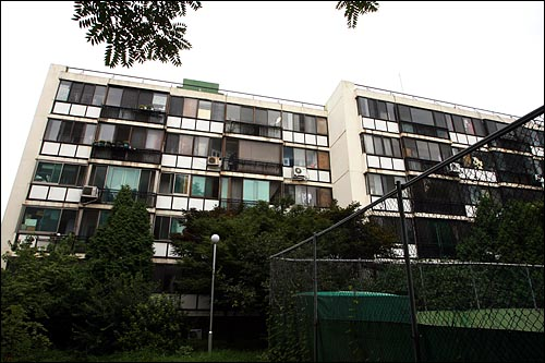 서울시 강남구 개포2동 개포주공2단지 아파트.