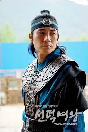 <선덕여왕>에서 '김유신'으로 분한 엄태웅.