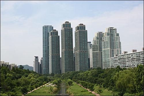 서울 강남구 대치동 타워팰리스 등 고층 아파트 전경.