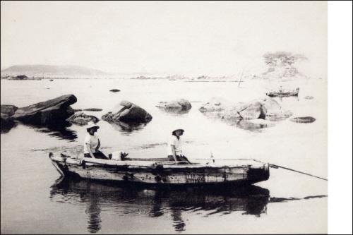 울산 동구 일산동에서 바라본 풍경. 지금 현대중공업이 들어선 모습과 판이하다