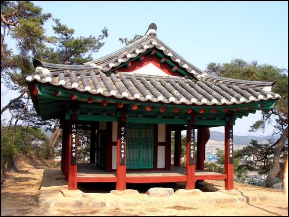 송정 전북 정읍시 칠보면 무성리 성황산 중턱에 자리한 정자