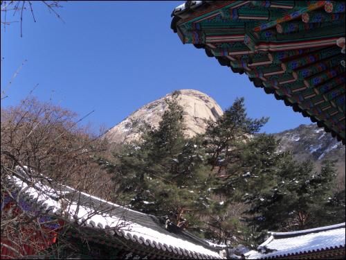 북한산성 노적봉과 노적사와 하늘. 이곳의 주인공은 노적봉이었다.