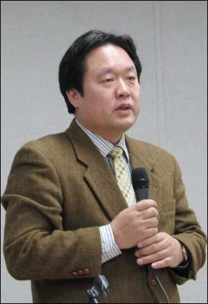 영진위 조희문 위원장. 영화계 좌파 적출을 주장한 문건을 만든 '한국문화미래포럼'에 참여하고 있다.