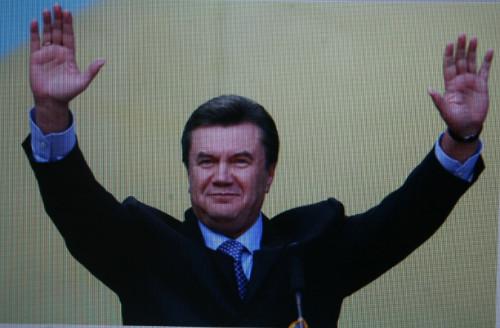 빅토르 야누코비치 빅토르 야누코비치(59) 우크라이나 지역당 대선 후보가 2010년 우크라이나 대통령 선거 결선투표에서 당선이 유력하다. (포커스 홈페이지 촬영)