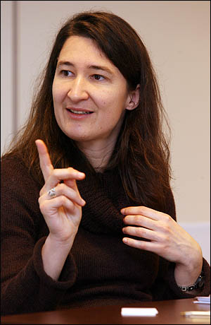 프랑스 인구조사기관 INED의 연구원 앤 솔라즈(Anne SOLAZ).