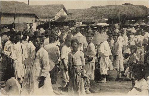 충남 논산의 강경시장 모습을 담은 엽서