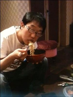 하하가 자신의 트위터에 올린 김제동 사진.