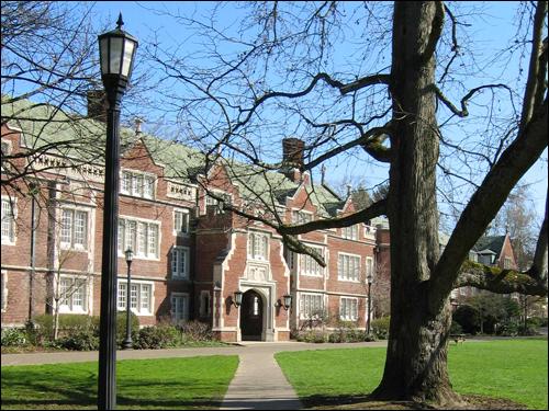 미국 오리건 주 포틀랜드의 리드 칼리지. 학부 중심으로 인문학적 교양을 가르치는 미국적 전통의 '리버럴 아츠 칼리지' 가운데 하나다. 스티브 잡스는 이 학교를 한 학기 동안 다닌 후 자퇴했다.