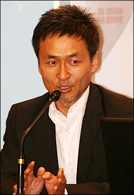 한글과컴퓨터 개발자 출신인 강태진 삼성전자 미디어솔루션센터 전무