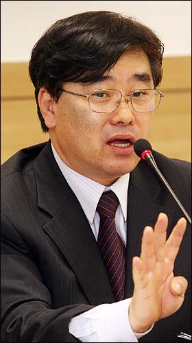 신상철 민군합동조사단 조사위원
