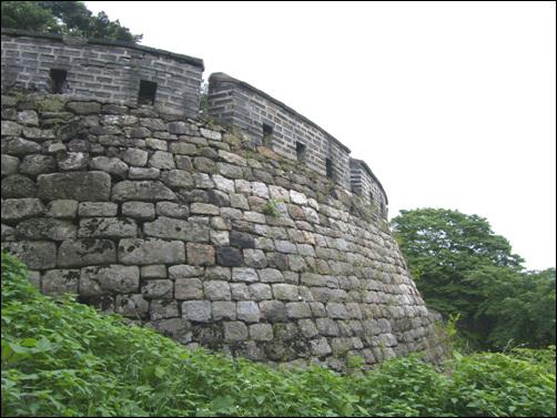 성벽 남한산성