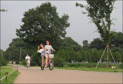 계림에서 자전거 타기~!!!