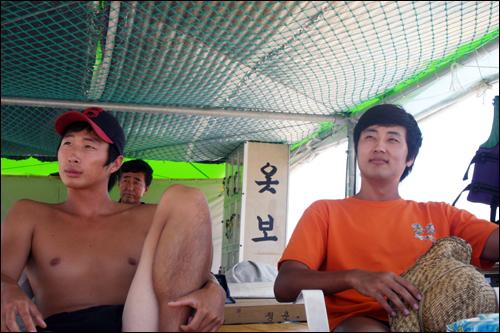 김효원(25, 오른쪽), 이종인(25)씨