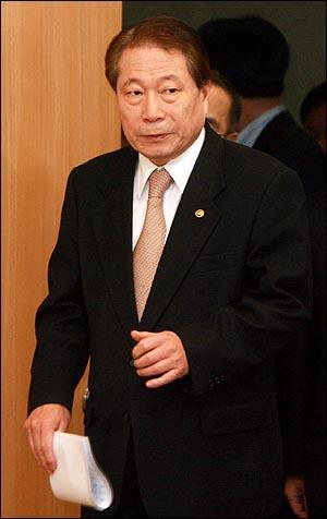 유명환 외교통상부 장관.