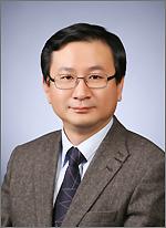 한나라당대전시당 신임 대변인으로 임명된 김선태 씨.