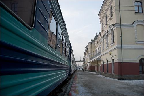 블라디보스토크 기차역 길게 늘어선 횡단열차