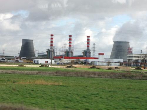 테주 강변의 원자력발전소