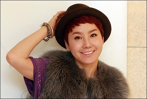 가수 박혜경.