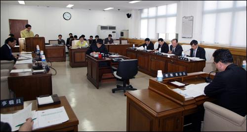충남도의회 농수산경제위원회 회의장면(지난 8일)