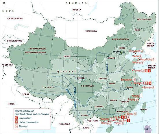 중국의 원전 현황 중국은 현재 가동중인 원전 13기의 두 배가 넘는 27기의 원전을 건설중인데 그중에는 한국과 지리적으로 가까운 산둥(山東) 반도에 위치한 하이양(海陽) 1, 2호기와, 북한과 접경하고 있는 랴오닝성 랴오둥(遼東) 반도의 홍옌허(紅沿河) 1, 2, 3, 4호기도 포함돼 있다.