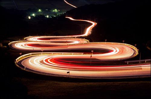 오도재야경 사진작가들에게 인기 있는 도로로서 2006년 한국의 아름다운 길 100선에 선정되기도 했다.