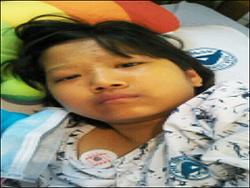 창원시 진해동부초교 4학년 윤영인 양이 희귀병인 '윌슨병'을 앓고 있다.