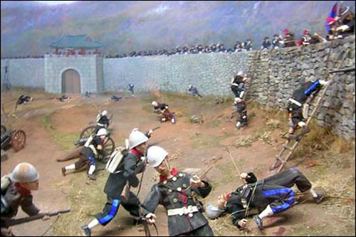'강화도를 침공한 프랑스군'을 표현한 모형으로 강화역사관에 전시되어있다.