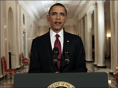 5월 1일(현지시각) 버락 오바마 미국 대통령이 9.11 테러의 주동자인 오사마 빈 라덴이 사망했다고 공식 발표하고 있다.