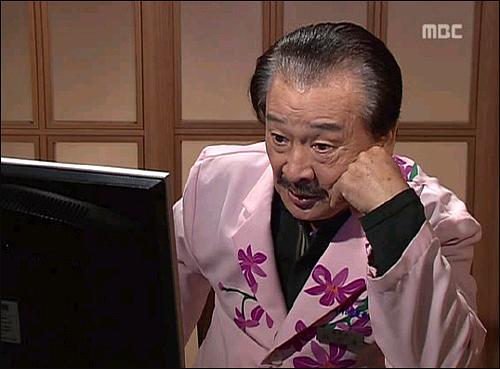 시트콤 <지붕뚫고 하이키>에서 하나의 캐릭터로 나온 '야동 순재'
