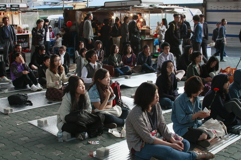 쓰레빠 음악회 사진 (10) 구름 같이 몰려든 관중들!