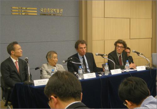 박흥신 대사, 박병선 박사, 자크 랑 전 장관, 뱅상 베르제 총장