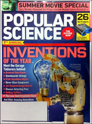 <파퓰러 사이언스> 2011년 6월호. 값비싼 전자 의수를 대체할 수 있는, 저렴한 기계식 의수에 '최고의 발명'이라는 영예를 안겼다.