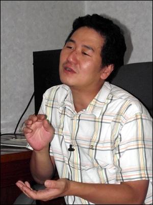 <꿈의 공장> 김성균 감독