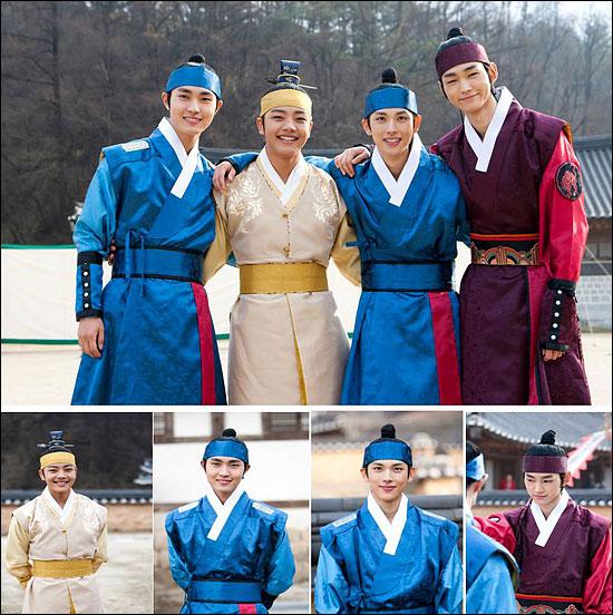 MBC 새 수목드라마 <해를 품은 달> 아역 4인방인 훤(여진구 분), 양명(이민호 분), 염(시완 분), 운(이원근 분)의 촬영 현장 사진이 공개됐다.