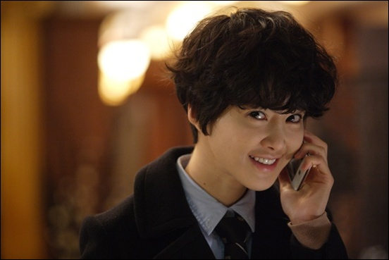KBS 2TV <난폭한 로맨스>에 출연하는 배우 이시영