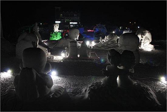 당골광장 눈조각 전시장 전경
