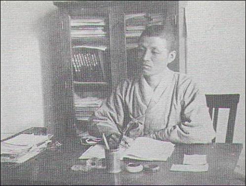 배화여고 교무주임 시절의 이만규(1929)