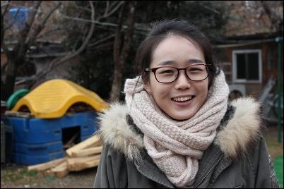 개 짖는 날, 딸 역, 박인지 배우