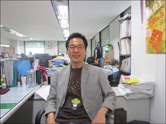 <뉴스타파>제작을 총괄하는 이근행 전 문화방송 PD.