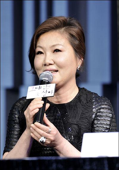 MBC 일일드라마 <그대없인 못살아>에 출연하는 배우 김해숙